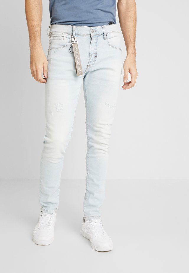 CARROT KENNY - Jeansy Slim Fit - denim blue