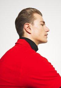 GANT - RUGGER - Polo shirt - lava red - 4