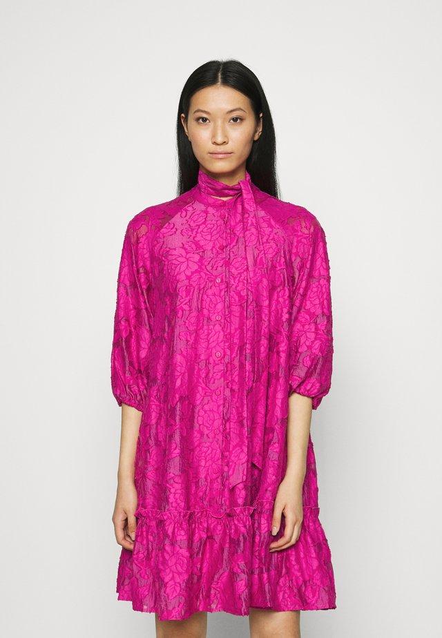 SLFSADIE SHORT DRESS - Vestito estivo - very berry