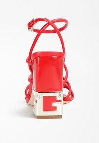 Guess - TACEY - Sandals - rot - 2