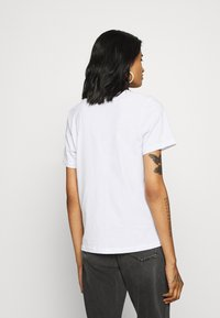 Even&Odd - T-shirt med print - white - 2