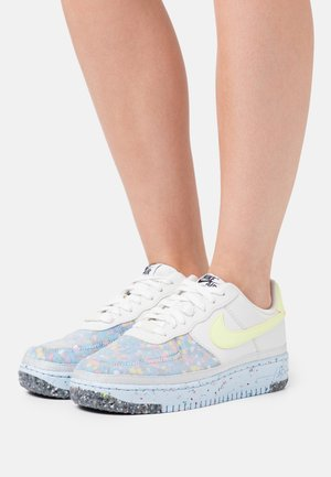 AIR FORCE 1 CRATER - Sneakers - pure platinum/barely volt/summit white/chambray blue/black