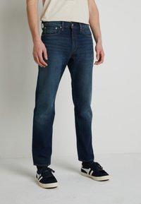 Levi's® - WELLTHREAD 502™ - Jeans straight leg - high tide indigo - 0
