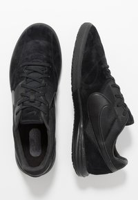 Nike Performance - PREMIER II SALA IC - Indoor football boots - black - 1