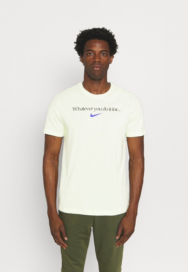 Nike Performance - TEE - T-shirt con stampa - lime ice