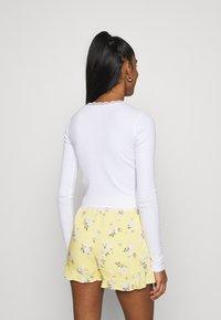 Hollister Co. - SLIM TREND - Long sleeved top - white - 2