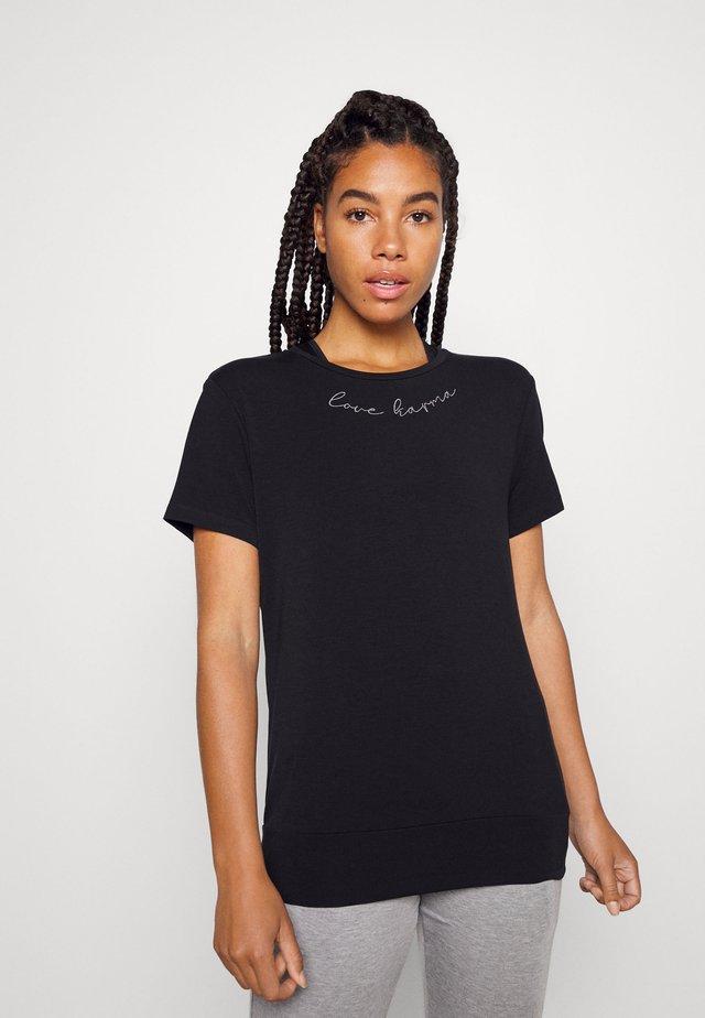 MANTRA - Jednoduché triko - black
