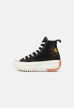 RUN STAR HIKE - Sneakers alte - black/white