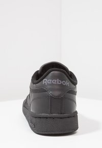 Reebok Classic - CLUB C 85 LEATHER UPPER SHOES - Sneakers - black/charcoal - 3