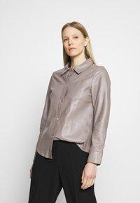 Oakwood - ANAE - Leather jacket - mastic - 0