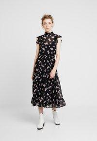 Levete Room - CLAUDIA - Maxi dress - black - 0