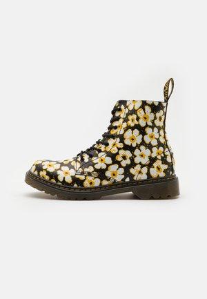 1460 PASCAL - Šněrovací kotníkové boty - black/yellow