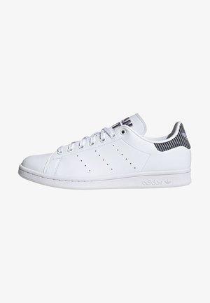 STAN SMITH UNISEX - Sneakersy niskie - ftwr white/light blue/clear pink