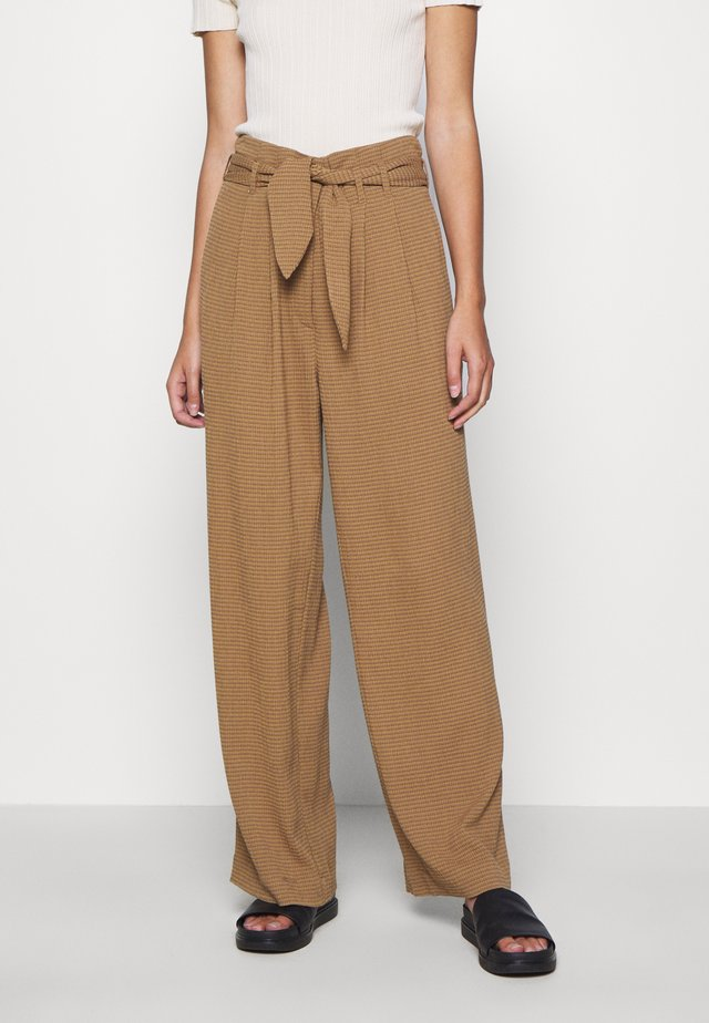 NELLIE TROUSERS - Pantaloni - dijon