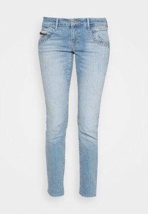 LINDY - Jeans slim fit - destroyed denim