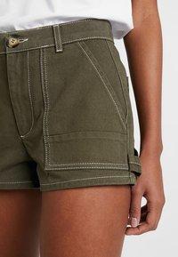 TWINTIP - Denim shorts - khaki - 5
