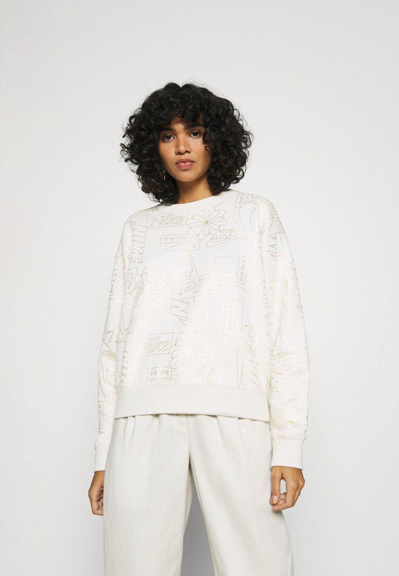Nike Sportswear - Bluza - orewood