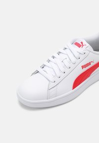 Puma - SMASH UNISEX - Sneakers laag - white/high risk red/gray violet - 6