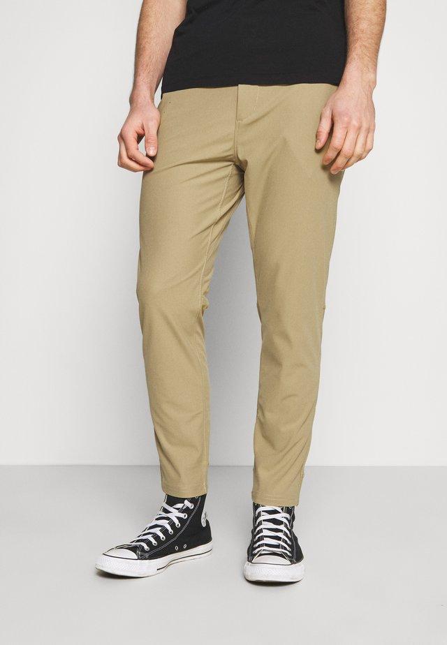 SNAP FRONT COMMUTER  - Trousers - khaki