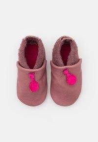 POLOLO - AMIGO - First shoes - malve - 3