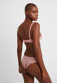 AMOSTYLE - FLORAL HENNA COLLECTION SPACER BRA - Push-up bra - pink light combination - 2