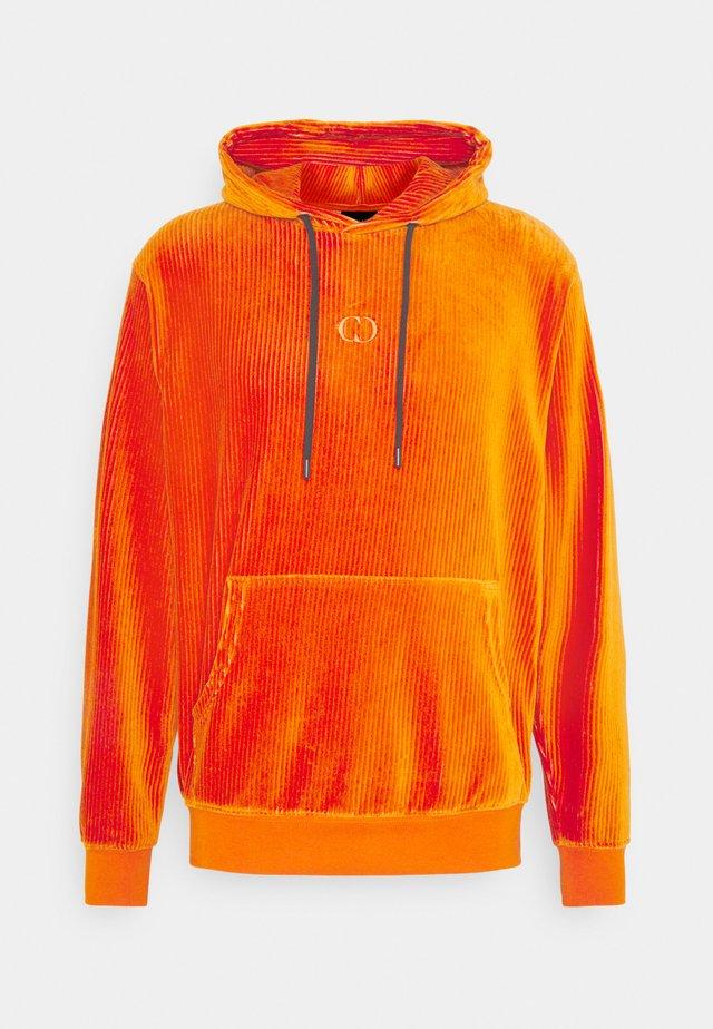 ESSENTIAL HOOD - Sweat à capuche - orange/black