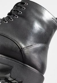 Vagabond - KENOVA - Lace-up ankle boots - black - 3