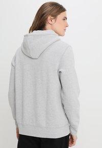Levi's® - ORIGINAL HOODIE - Luvtröja - medium grey heather - 2