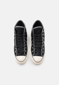 Converse - CHUCK TAYLOR ALL STAR 70 UNISEX - High-top trainers - black/limestone grey/egret - 3