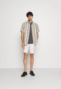 Marc O'Polo - SHORT SLEEVE BUTTON PLACKET - Polo shirt - gray - 1