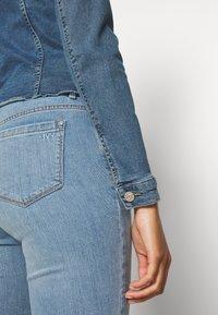 ONLY - ONLWESTA DESTROY JACKET - Denim jacket - medium blue denim - 4