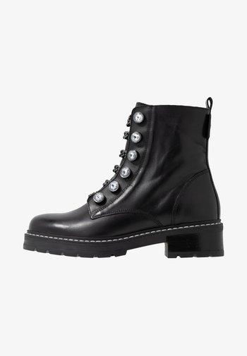 BAX - Cowboy/biker ankle boot - black