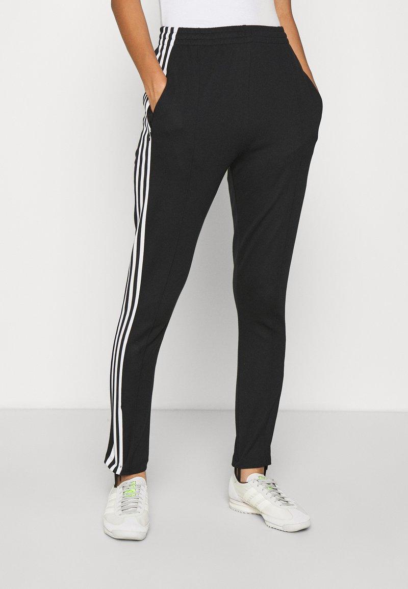 adidas Originals - 70S PANT - Leggings - Trousers - white/black