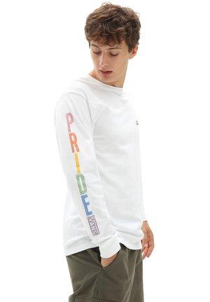MN PRIDE LS - Sweatshirt - white