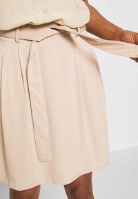 Vila - VIVERO SHORT SKIRT - A-line skirt - beige - 4