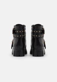 Steven New York - GROOM - Kovbojské/motorkářské boty - black - 3