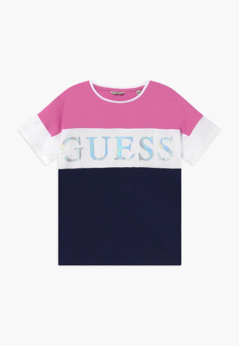 Guess - JUNIOR  - Print T-shirt - thick blue thin fuch