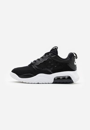MAX 200 - Sneakers laag - black/white