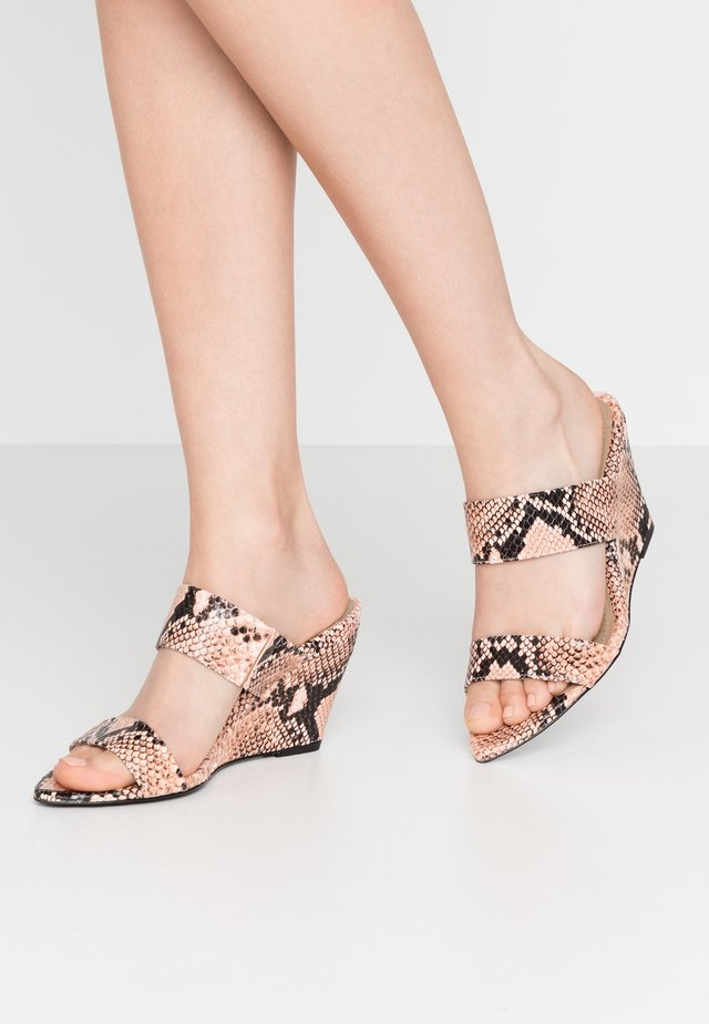 Mules à talons - light pink