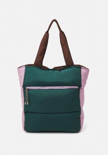 RELON EMERY - Tote bag - trekking green