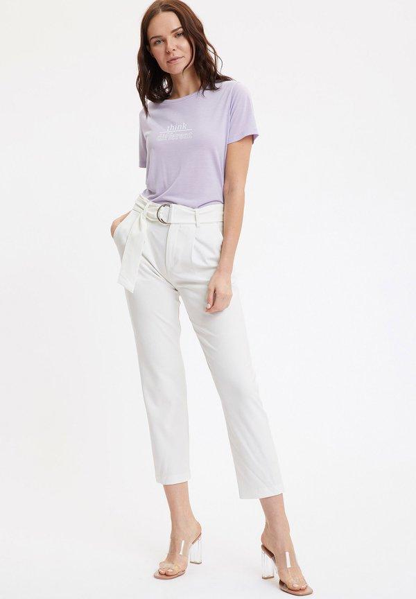 DeFacto T-shirt z nadrukiem - purple Odzież Damska XYJR FP 4