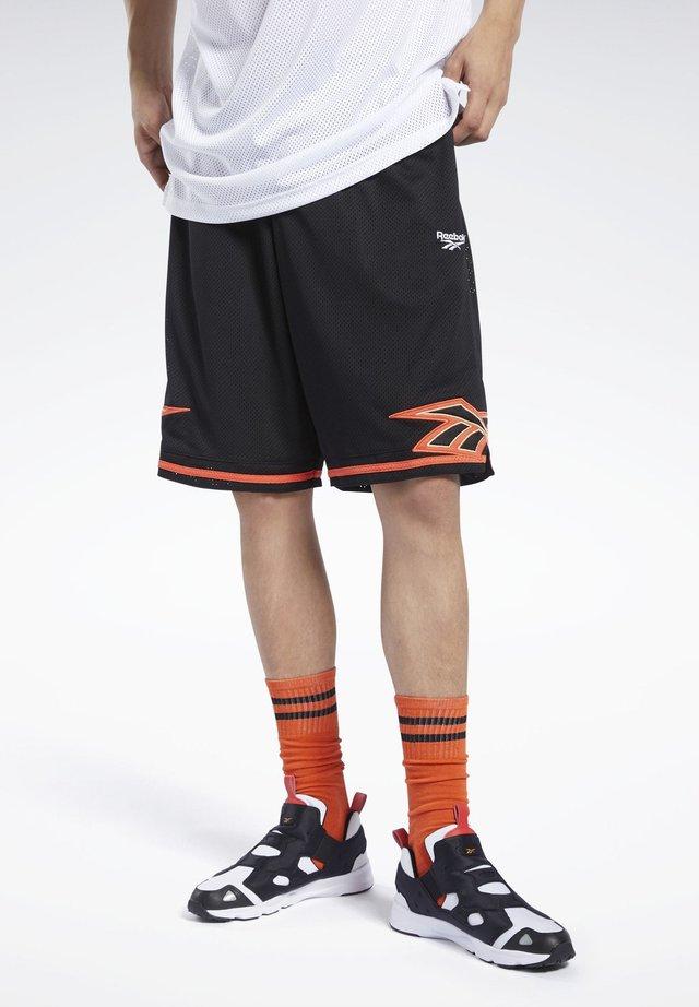CLASSICS BASKETBALL SHORTS - Shorts - black