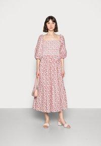 Résumé - EBONY DRESS - Day dress - red - 1