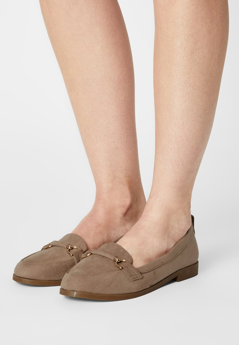 Dorothy Perkins Wide Fit - WIDE FIT LOON - Scarpe senza lacci - taupe