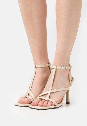 BOA - Sandaler - nude