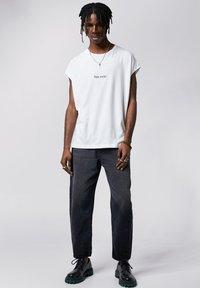 Tigha - Print T-shirt - white - 1