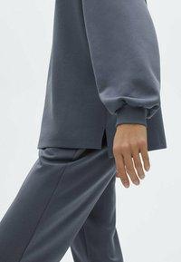 Massimo Dutti - Sweatshirt - dark blue - 2