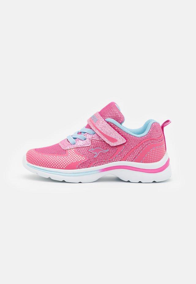 KANGAGLOZZY  - Trainers - fandango pink/blue sky
