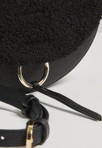 Oliver Bonas - Across body bag - black - 2