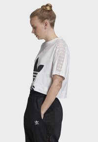 adidas Originals - LACE T-SHIRT - T-shirts med print - white - 3